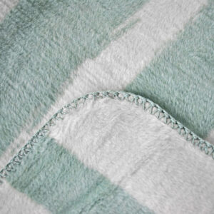 jilda-tex Wohndecke Brushstroke – Mint (150x200cm)