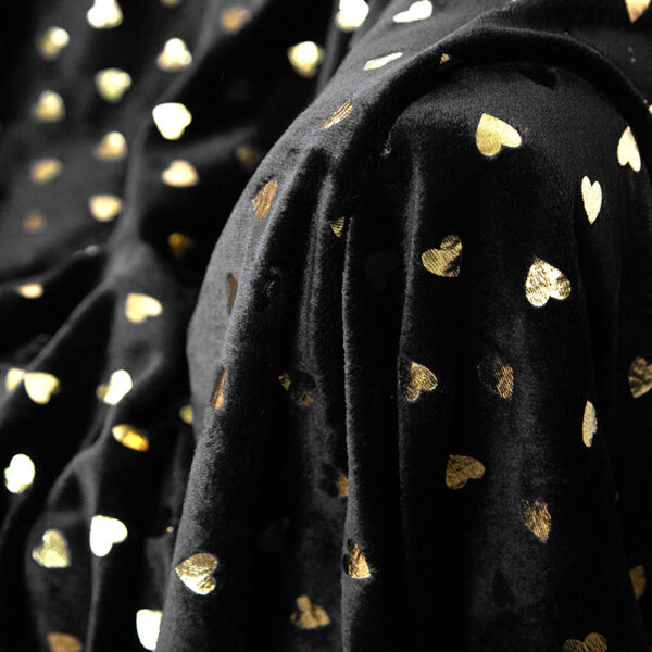black heart gold2