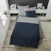 Bettwäsche im Design Blue Stripe Light Grey auf einem Bett von oben