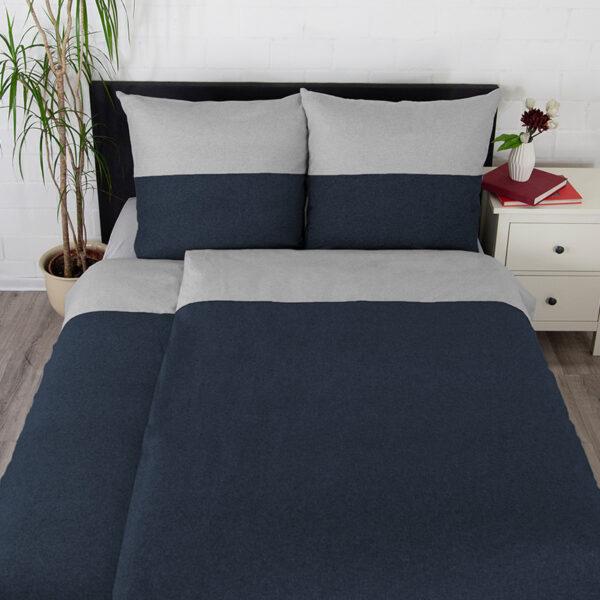 Bettwäsche im Design Blue Stripe Light Grey schräg von oben
