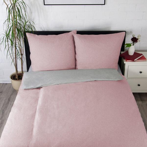 Bettwäsche im Design Uni Light Grey Rose schräg von oben